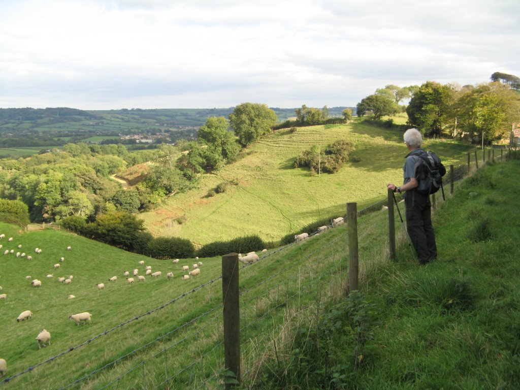 self guided walking tours cotswolds